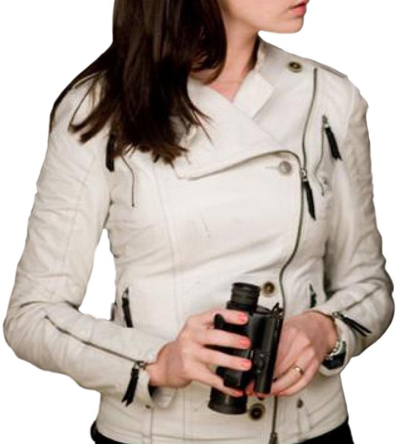 Anne Hathaway White Jacket